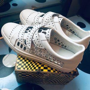 NWOT Rachel Zoe White Jaden Sneaker Shoe